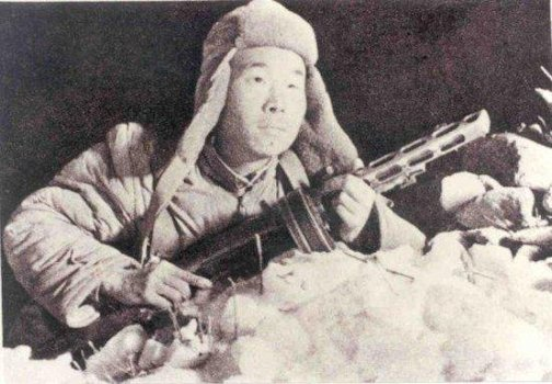 Chinois / Nord-coréens 1950-1953 Peng-soldier-snow