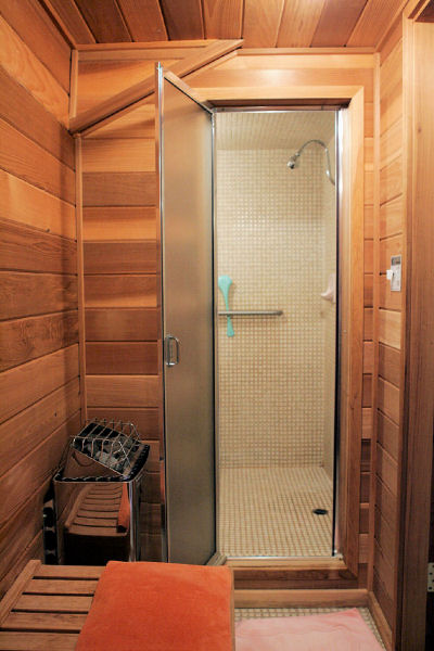 Steam Shower At Noll'S Pleasant Hill, Oregon Home