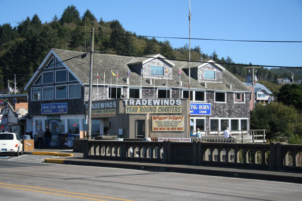 Tradewinds depoe bay oregon coast for Lincoln city fishing charters